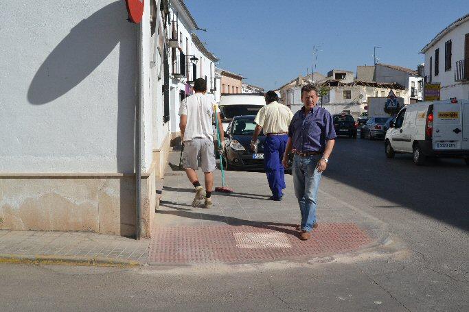El Ayuntamiento de Almagro elimina barreras arquitectónicas de varias calles de la localidad