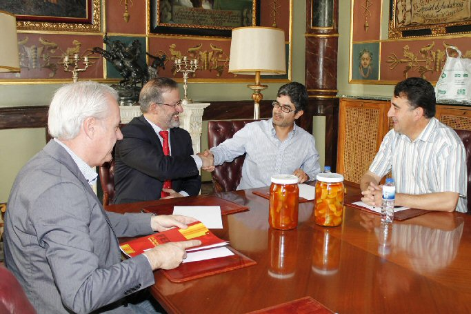 La Diputación Provincial apoya con seis mil euros la promoción de la Berenjena de Almagro