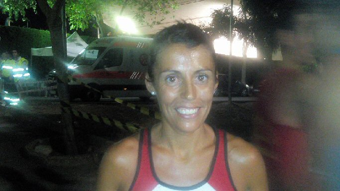 La almagreña Gemma Arenas ganó la IV Carrera Nocturna Villa de Piedrabuena en la categoria femenina