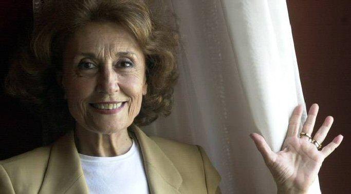 """Julia Gutiérrez Caba """"Este premio me produce satisfacción y melancolía, pues soy consciente de que se acerca el fin"""""""