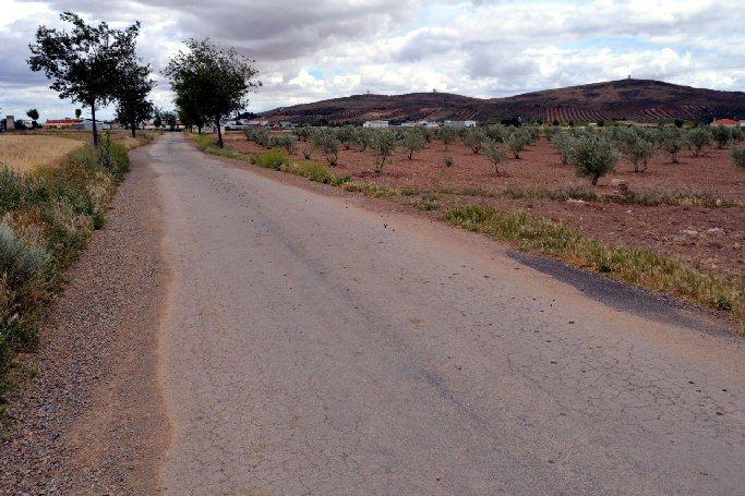 La Diputación Provincial de Ciudad Real aprueba un millon de euros para arreglo de caminos