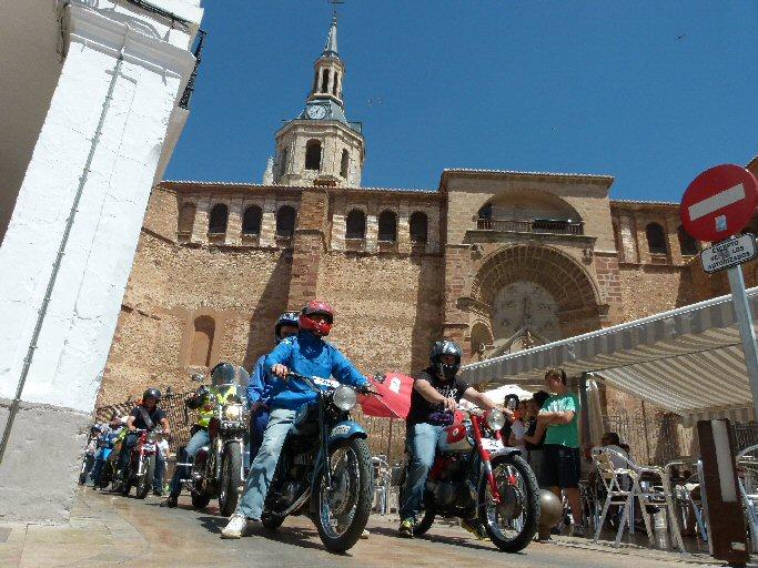 Manzanares Más de ochenta motos de otra época participaron en la Concentración Nacional de Motos Antiguas