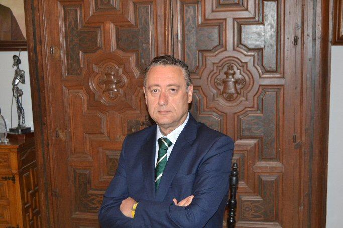 Almagro Luis Maldonado invita a todos los almagreños y visitantes a disfrutar del amplio programa de festejos