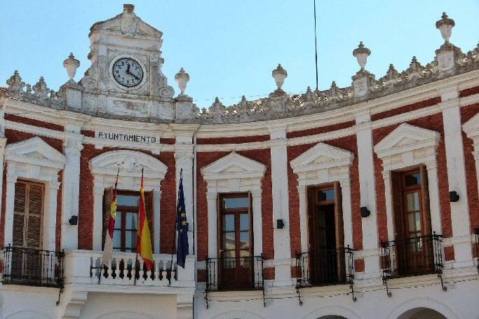 El Ayuntamiento de Manzanares constituye una Bolsa de Empleo para personal de limpieza