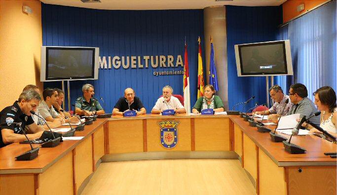Miguelturra La Junta Local de Seguridad prepara las Ferias y Fiestas de Septiembre 2014
