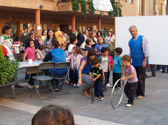 Bolaños Más de seiscientos niños tomaron la plaza para rescatar los juegos tradicionales
