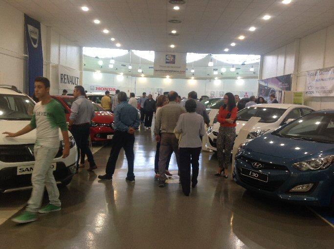 Manzanares Satisfacción generalizada tras el IV Salón del Automóvil