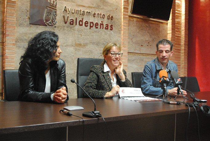 Valdepeñas 'Fermento' inicia sus clases gratuitas de folclore para niños y adultos