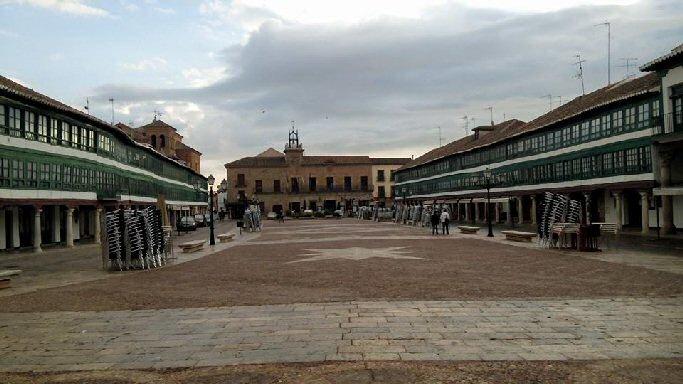 El Ayuntamiento de Almagro y la Jefatura de Tráfico acuerdan colaborar en materia de seguridad vial