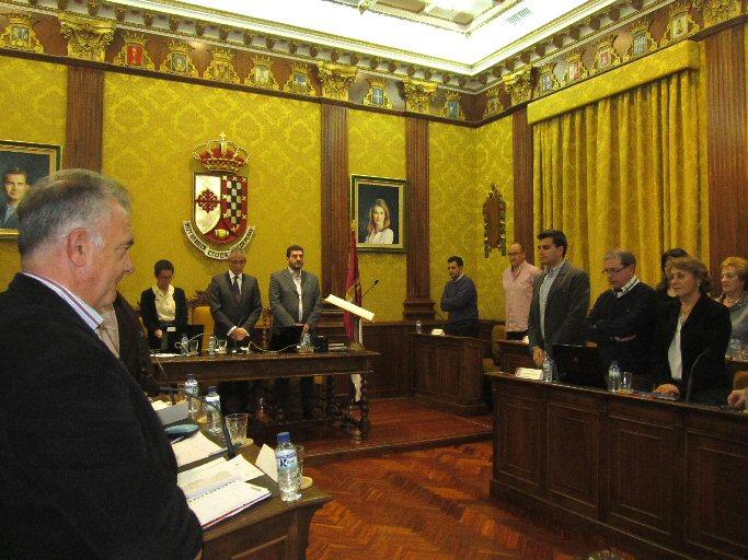 """El pleno del Ayuntamiento de Valdepeñas aprueba unos presupuestos ideados para """"no encorsetar"""" al próximo gobierno"""