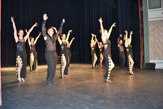 Almagro La Escuela de Baile Raúl y Xavier Deltell protagonistas en el Teatro Municipal en el último fin de semana del año