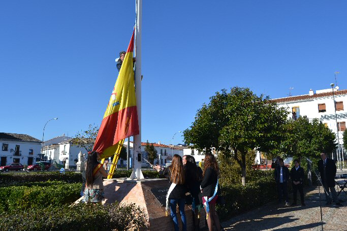 Almagro conmemora el trigésimo sexto aniversario de la Carta Magna