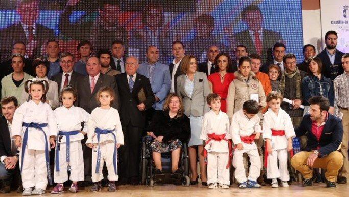Bolaños Juan Navarro y Elena de Toro recibieron la Medalla de Plata al Mérito Deportivo