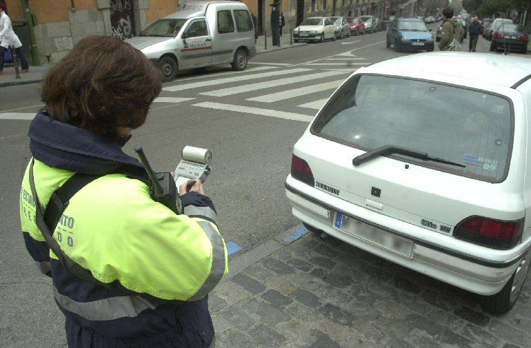 Ciudad Real Dos detenidos tras robar de un vehículo 22.880 euros