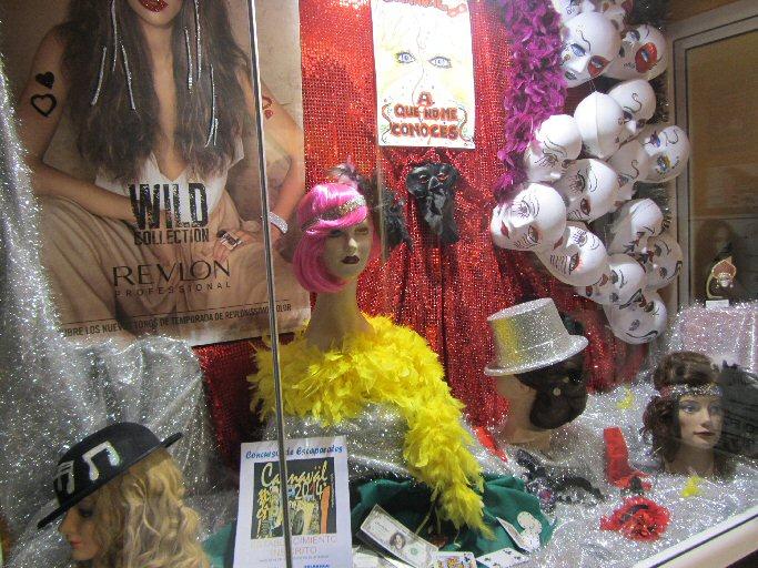 Manzanares Festejos convoca el II Concurso de Escaparates de Carnaval