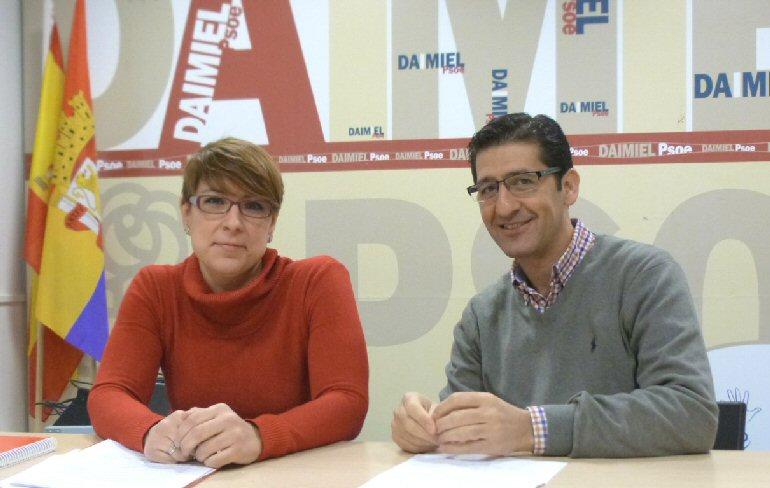 Daimiel Caballero presenta a Eva María López como la candidata a la alcaldía
