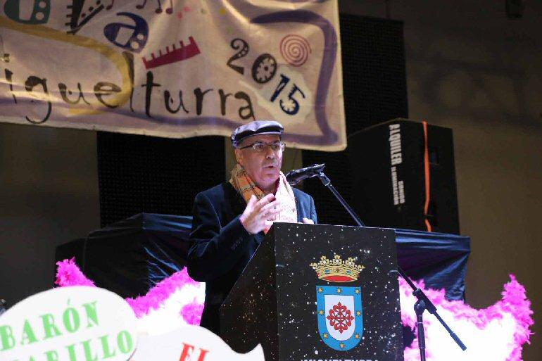 Miguelturra Andrés Peláez Pregonero 2015 del Carnaval dió el pistoletazo de salida a una semana de sátira y humor