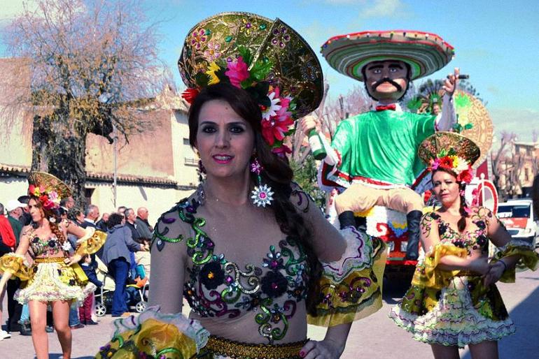 Primer y Segundo Premio para las asociaciones pozueleñas en el desfile de Villarrubia de los Ojos