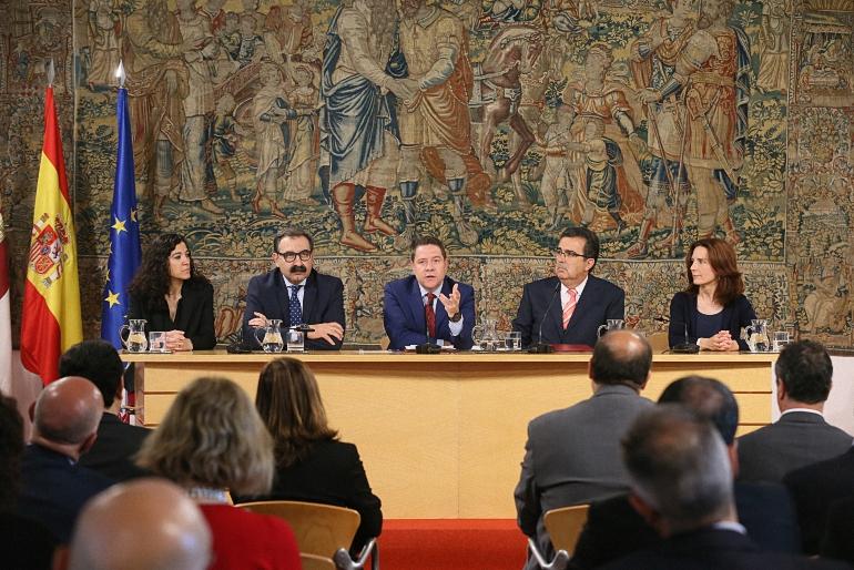 Quince millones de euros son los que invertirá la Fundación Amancio Ortega en la sanidad de Castilla La Mancha