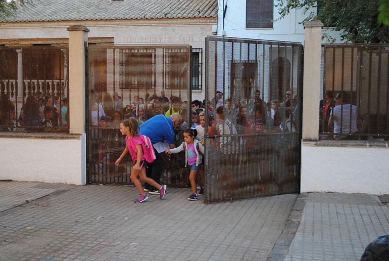 Almagro Los casi mil alumnos de los colegios de primaria ya han comenzado sus clases