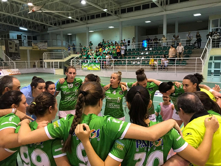 El Vino Berenguela BM Bolaños vapulea al Móstoles en el primer partido de liga de la División de Honor Plata Femenina