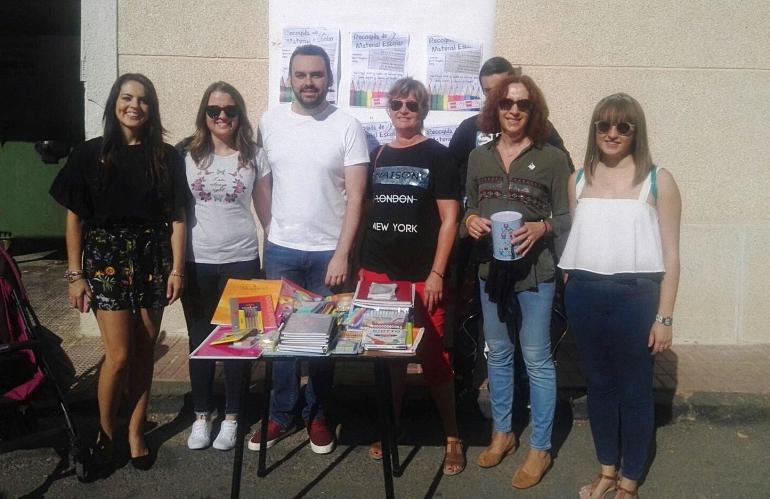 Moral de Calatrava Campaña solidaria de recogida de material escolar por Juventudes Socialistas