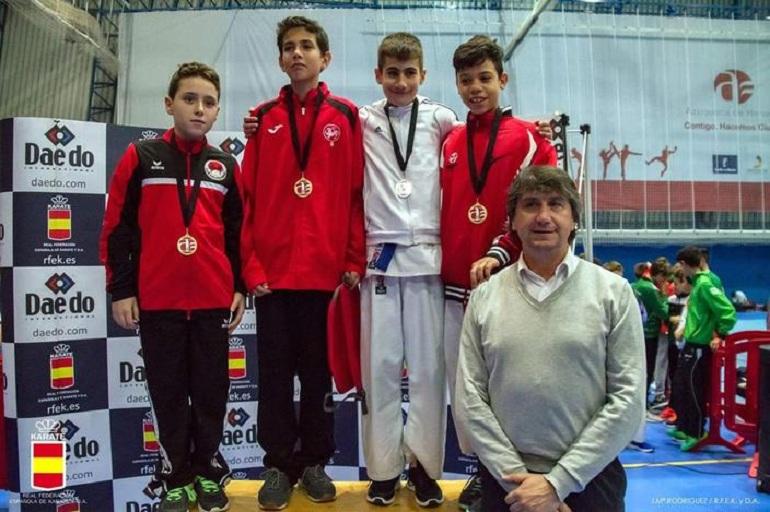Almagro Dos nuevas medallas para la Escuela Municipal de Kárate en Azuqueca de Henares