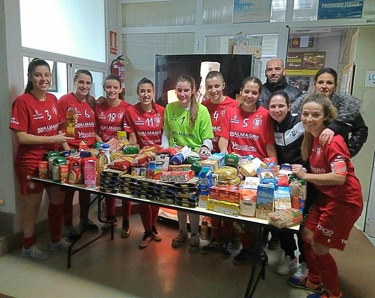 El Almagro FSF consiguió superar los 600 Kgrs. de alimentos no perecederos en su campaña Navidad Solidaria