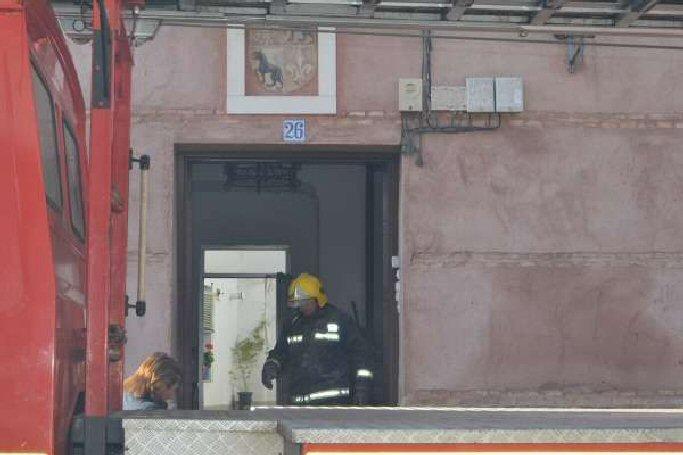 Almagro Un incendio obliga al desalojo de una vivienda en la calle Mayor de Carnicerías