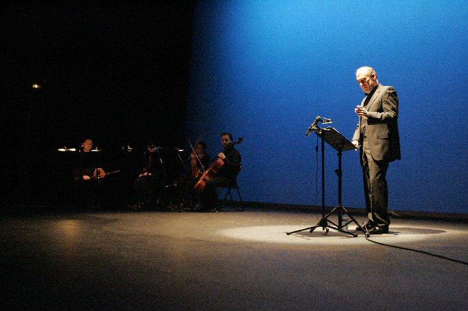 Daimiel Poesía, música y pintura unidos 'Con la mano en el corazón'