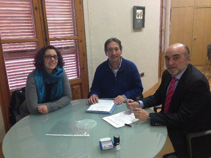 El Ayuntamiento de Manzanares y Proyecto Hombre renuevan su compromiso en prevención de drogodependencias