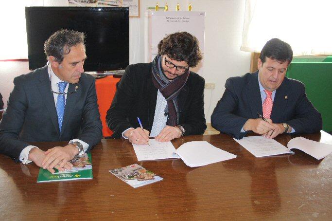 Villanueva de los Infantes Turinfa firma tres convenios en materia de prevención de riesgos laborales, banca y asesoría