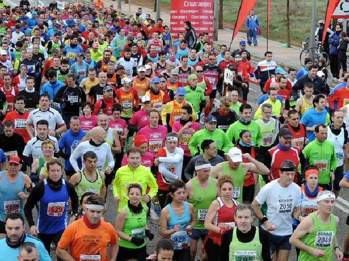 Valdepeñas 1.035 atletas participarán este domingo en la XX Muy Heroica Media Maratón 'Ciudad de Valdepeñas'
