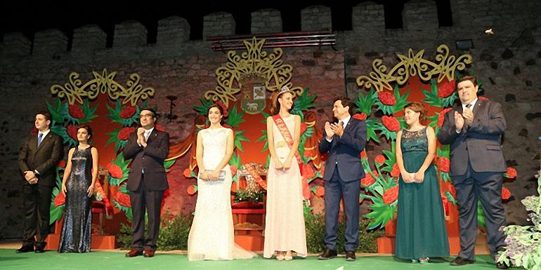 bolanos-el-castillo-de-dona-berenguela-fue-el-escenario-una-vez-mas-de-la-coronacion-de-la-reina-y-damas-de-honor-de-las-fiestas-patronales