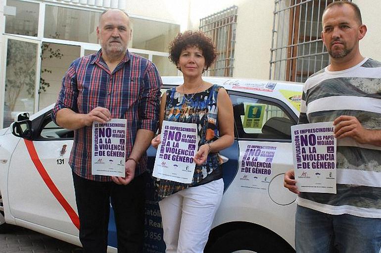 los-taxistas-de-ciudad-real-se-unen-contra-la-violencia-de-genero