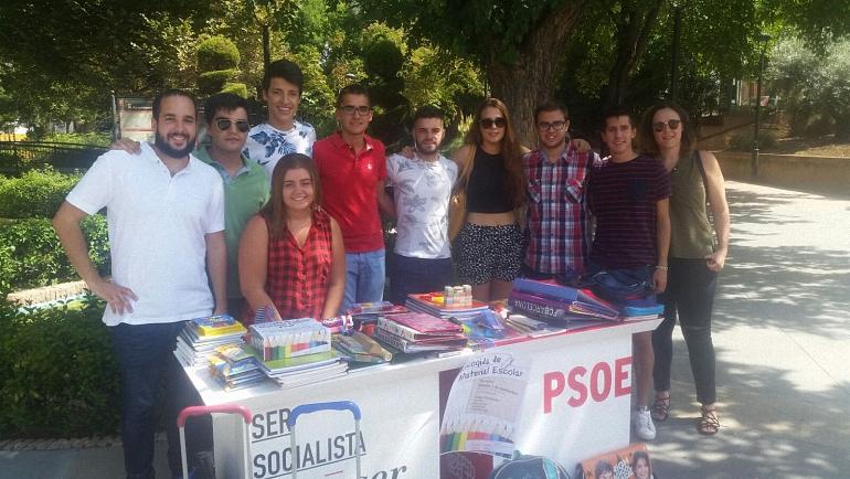 juventudes-socialistas-de-ciudad-real-culminan-su-campana-de-recogida-de-material-escolar