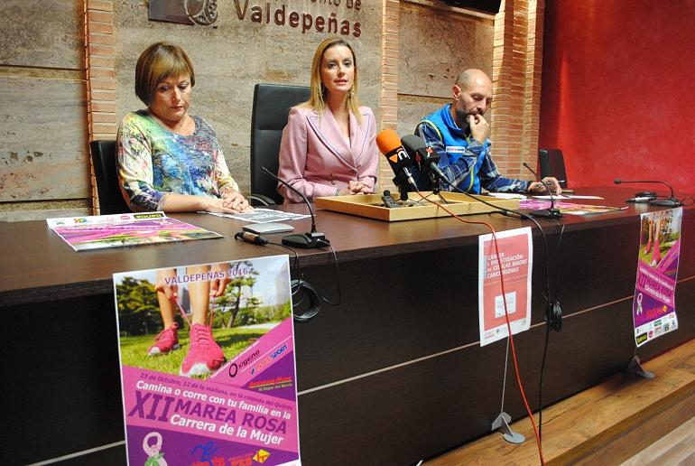 valdepenas-conmemora-el-dia-internacional-contra-el-cancer-de-mama-del-17-al-25-de-octubre