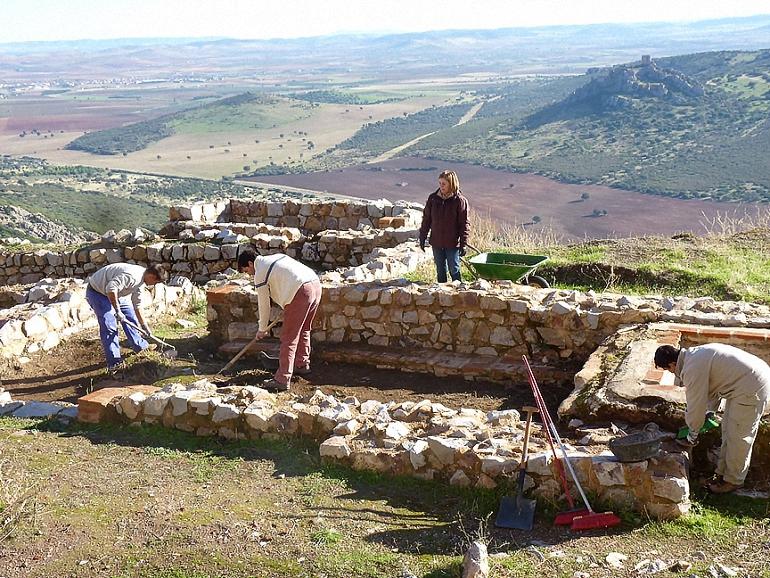 aldea-del-rey-nuvos-trabajos-arqueologicos-en-calatrava-la-nueva-para-determinar-cual-fue-su-poblacion-originaria