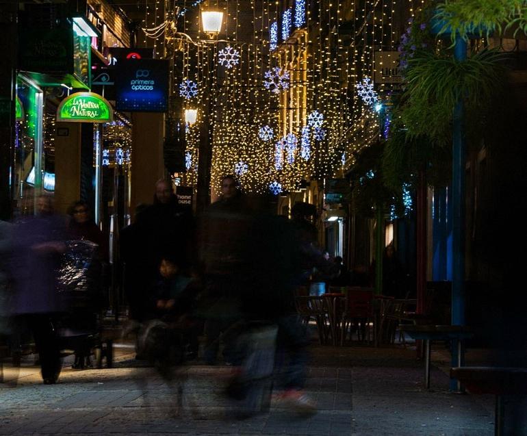 la-campana-valdepenas-te-regala-navidad-ofrece-mas-de-3-000-euros-en-regalos