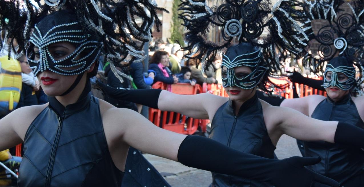 ciudad-real-abre-el-plazo-para-la-inscripcion-en-el-concurso-nacional-de-carrozas-y-comparsas-del-domingo-de-pinata