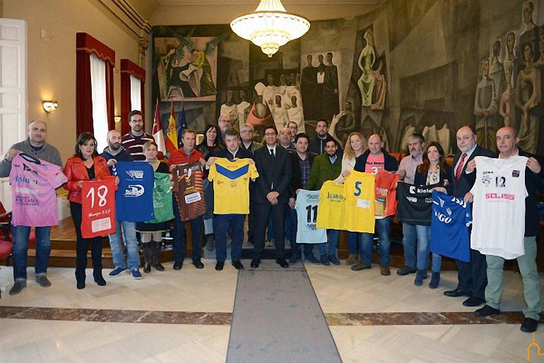 El FSF Almagro y el BM Bolaños entre los clubes deportivos provinciales de categoría nacional que firman el convenio de subvenciones con la Diputación Provincial