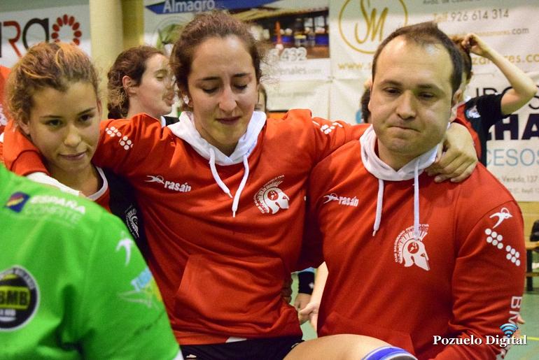 El derby provincial del balonmano femenino fue finalmente para el BM Bolaños en un apretado 22-21
