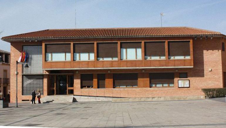 """Torralba de Calatrava El PSOE consideran """"indignante"""" que el Ayuntamiento contrate personal bajo la figura del falso autónomo"""