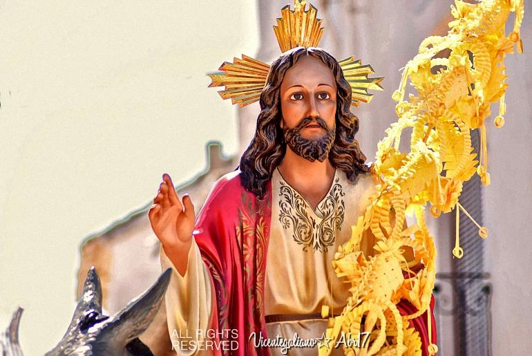 Almagro Los Armaos toman las calles en una Semana de Pasión que comenzó con la entrada de Jesús en Jerusalem