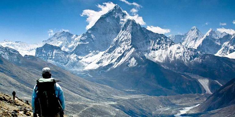 Una tormenta de nieve acaba con las aspiraciones del alpinista almagreño José Luís Guzman