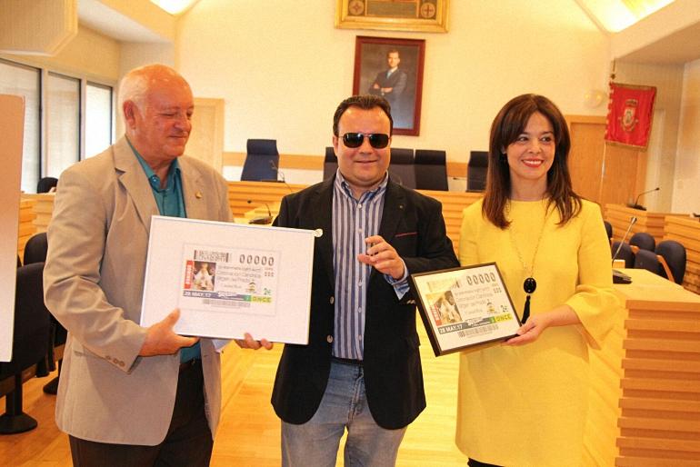Ciudad Real La ONCE presenta el cupón conmemorativo del 50 Aniversario de la Coronación de la Virgen del Prado