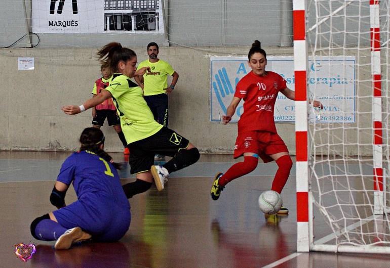 El Almagro FSF cierra la temporada en casa dedicándole una victoria a la afición