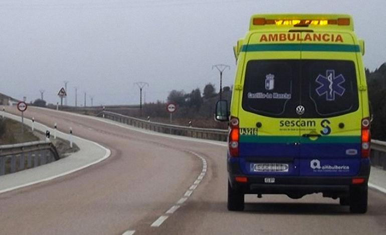 Carrión de Calatrava Un fallecido y un herido de gravedad al chocar contra los quitamiedos del arcén