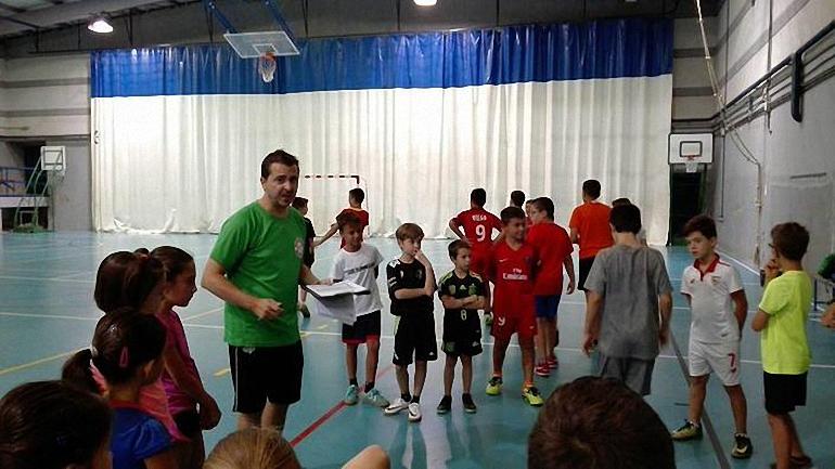 El Almagro FSF organiza el I Peque Campus de Fútbol Sala durante esta semana