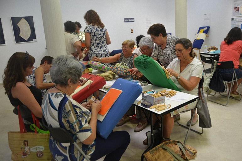 Almagro El primer curso intensivo de encaje arranca con una veintena de alumnas